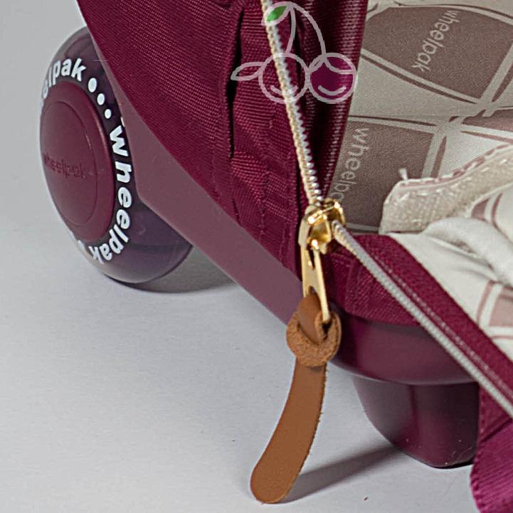 Школьный рюкзак на колесах для девочки - ранец Wheelpak Classic BORDO - арт. WLP3200 (для 2-4 класс, 21 литр), - фото 2